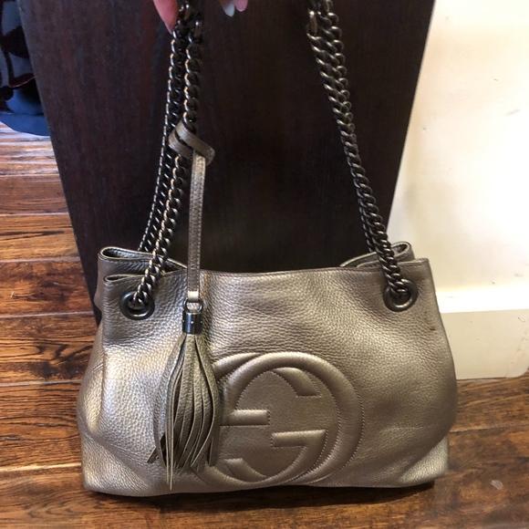 Gucci Handbags - GUCCI Metallic Pebbled Calfskin Medium Soho Chain